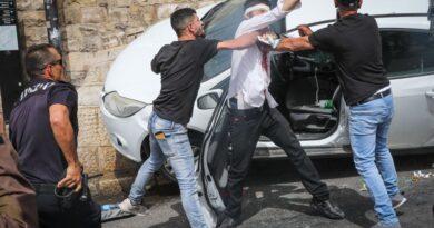 הדור הצעיר ביישובי הערבים הישראליים מוביל את המהומות וההתפרעויות בירושלים, בחיפה ובנצרת. עדיין אין להם מנהיגים אבל ברשותם נשק