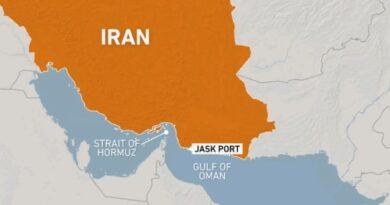 איראן חנכה נמל נפט חדש במפרץ עומאן במטרה לעקוף את מיצרי הורמוז ואת סנקציות הנפט האמריקניות. תוכל לייצא דרכו מחצית מתפוקת הנפט שלה
