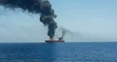 """האיראנים הפעילו בפעם הראשונה מזל""""טים מתאבדים בשתי התקפות רצופות על מכלית בבעלות ישראלית.  שר הביטחון בני גנץ: תהייה תגובה ישראלית הולמת"""